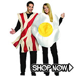 Bacon and Eggs Couple Costumes via Trendy Halloween