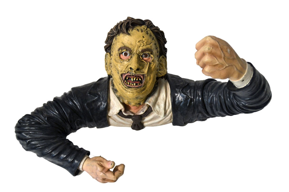 The Texas Chainsaw Massacre Leatherface Grave Walker