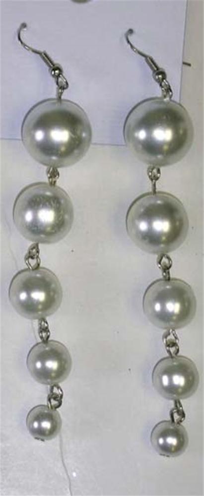 Pearl Drop Earrings by Flashback & Freedom