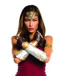 Batman-v-Superman-Deluxe-Wonder-Woman-Kit