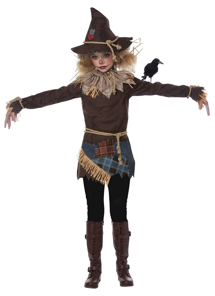 2019 year looks- Halloween Chic women costume ideas: scarecrow