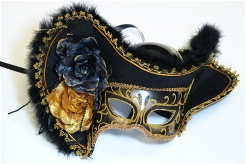 Lady Pirate Adult Mask