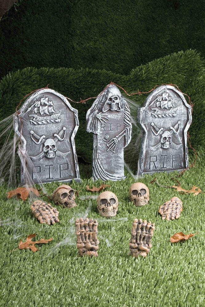 Creepy Cemetery Kit 12pc